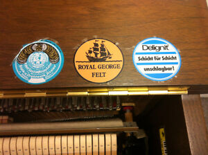 Upright Piano - SAMICK SM500 for sale (lowest price ever) Kitchener / Waterloo Kitchener Area image 3