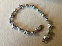 Silver bracelet, 3D hearts with lobster claw clasp