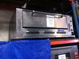 GARLAND 5ft. Natural Gas Stone Pizza Oven Edmonton Edmonton Area image 1
