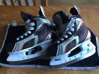 Child's ice skating boots size uk 1 SBK