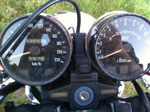 1985 Kawasaki 550 LE