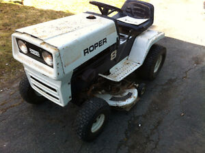 1976 roper lawn tractor 8p and trailer