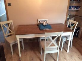 Dining table + 4 chairs and matching sideboard