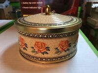 Vintage toffee / biscuit tin - PRICE REDUCED!