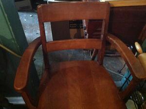 Oak arm desk chair