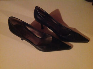 Lots of brand names shoes and sandals size 5 & 6 Edmonton Edmonton Area image 3