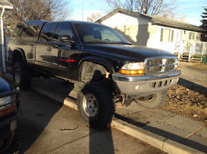 1998 Dodge Dakota Exd cab Pickup Truck