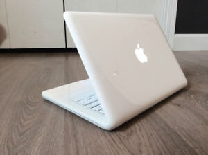MACBOOK 2GB RAM! 120 GB HDD! OS X 10.7.5! WARRANTY INCLUDED!!