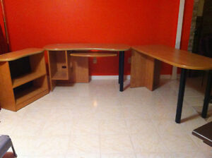 bureau d,ordinateur ensemble