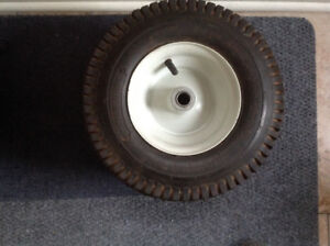 Turf tire and wheel assemby