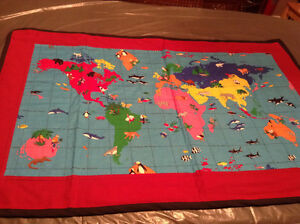 baby world map wall quilt Kitchener / Waterloo Kitchener Area image 1