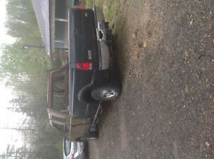 2005 FORD F-250 4x4    PARTS ONLY,