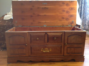 Huppe Oak Chest, cedar lined, made in Canada.   Osoyoos Ad