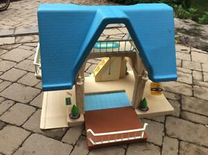 BIG Little People Playhouse