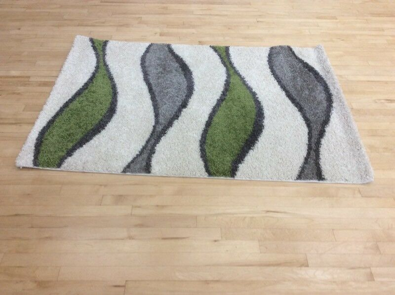 Milano rug with tasteful and contemporary design,