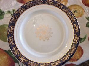 Vintage Victoria Warranted 22 K. Gold England Plate, no.24