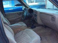 1998 Chevrolet S-10 Pickup Truck