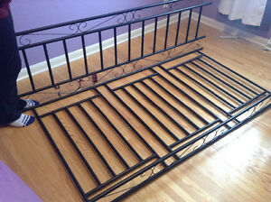 Daybed Buy Or Sell Beds Amp Mattresses In Winnipeg