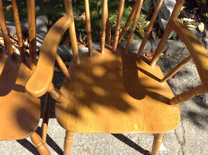 VERY NICE SET OF 6 vintage oak chairs firm price Cambridge Kitchener Area image 2