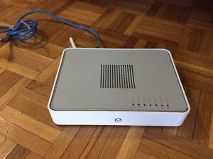 THOMSON TG784 Wireless N ADSL2+ Router with Integrated Modem