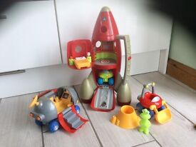 Early learning centre rocket and moon buggy boys toys