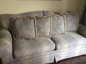 COUCH/LOVE SEAT/ OR SEPARETELY PRICED