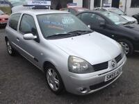 2005 Renault Clio 1.2 16v Extreme 4 Manual Petrol Hatchback in Silver