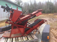 New Holland Model 53 Bale Thrower