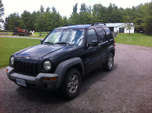 REDUCED - 2004 Jeep Liberty SUV, Crossover