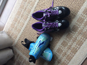 Brand new ladies soccer shoes and shinpads
