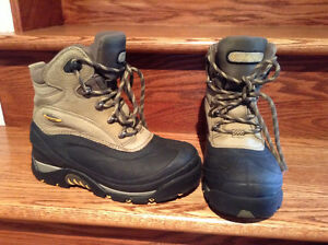 Columbia winter boots West Island Greater Montréal image 1