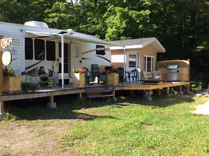 Fifthwheel camping baie martin