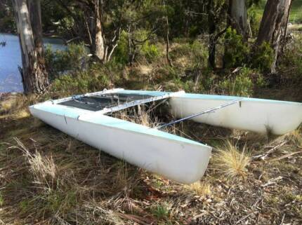 Mosquito class 16' Catamaran-Good condition....... $390 Cygnet Huon Valley Preview