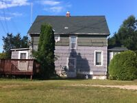 1920 1-1/2 Storey Character Home to be MOVED