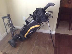 Youth  USKG golf clubs with caddy