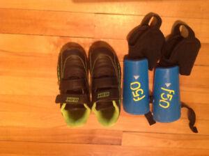 Souliers de soccer et protège-tibia