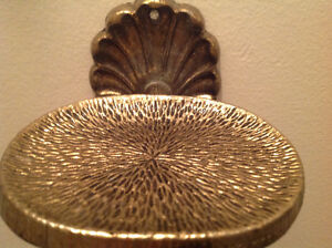Beautiful Solid Brass Vintage Shell Shaped Soap Dish