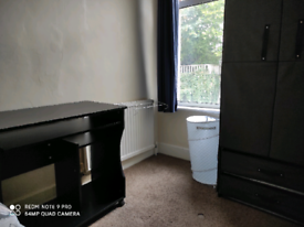 Single room for rent in Strood.