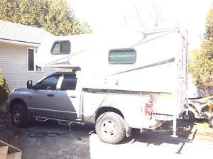 Rare 8801 palomino maverick camper a/c