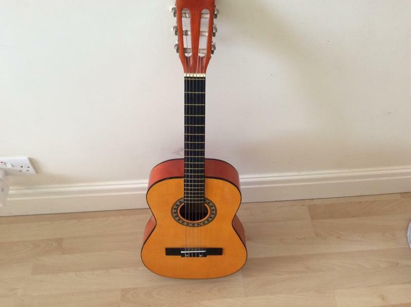 Acoustic Guitar 3 4 Size In Penwortham Lancashire Gumtree