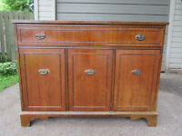 """MAHOGANY BUFFET / MEDIA CABINET """"YOUR RESTYLING PROJECT"""""""