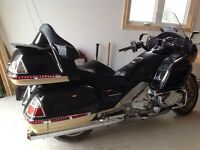 HONDA GOLDWING GL1800 AIRBAG OR HANNIGAN SIDECAR TRADE
