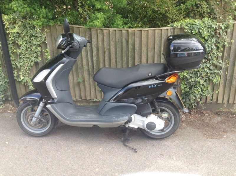 for sale piaggio fly 125 in waterlooville hampshire gumtree. Black Bedroom Furniture Sets. Home Design Ideas