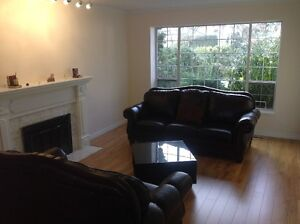 Spectacular single house for rent - Walnut Grove Langley