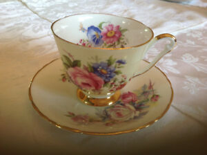 Tea cups and machine saucers