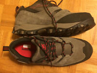 Original brand new low cut mens Timberland  hiking shoes size 8