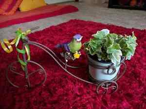 Cute mini bicycle planter with plant n deco pieces