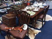 Classy draw leaf dining table