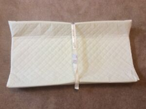 White  Contour Change Pad