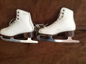 Graf girl's/lady's figure skates - used - various sizes